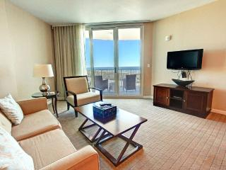 Palms 11212 Jr 2BR/2BA- OPEN 9/22-9/24 $580! Shuttle2Beach-TOP Floor-LagoonPool