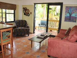 Casa D Palma Unit 1 Walking Distance to SandyBeach, Rincón