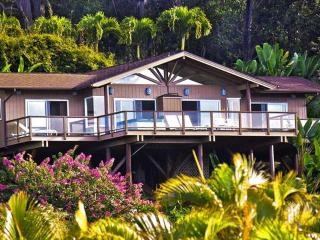 StarWind Cottage for your Maui Honeymoon/Vacation, Haiku