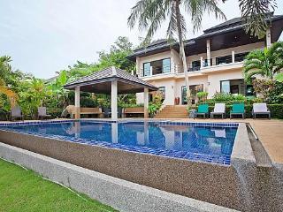 Villa Morakot - 6 Bed - Classy Property with In-House Chef, Kata Beach