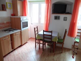 Apartmani Sanja, Baska