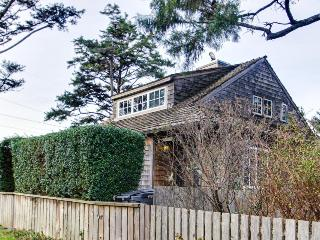 Dog-friendly, oceanfront home just a stroll from the beach., Cannon Beach