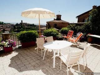 Il Palazzino Siena apartment rental in the heart of town, apartment to let