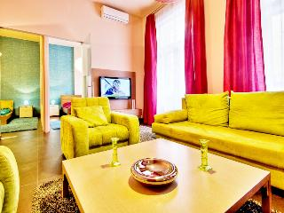 72m2 sup.2bedroom ap. with A/C and Wi-Fi CITY3, Budapest