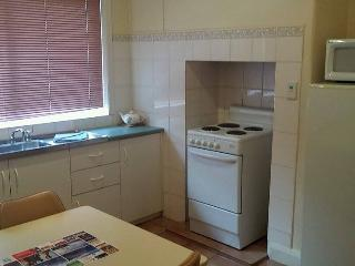 #4 Self-contained 3-bedroom unit., Albany