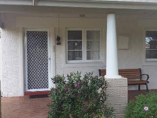 #2 Art deco 2-bedroom unit., Albany