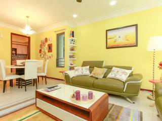 Vibrant, Colorful & Homely ♥, Subang Jaya