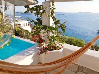 VILLABEAT  |  Villa Bella, Tourlos