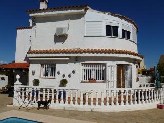 Large house with private pool, Vinaros