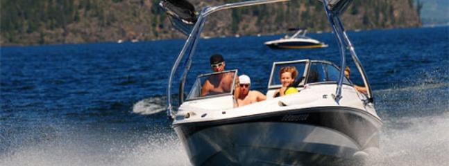 Reant a boat or Seadoo at Shuswap Marina 5 minutes away!!