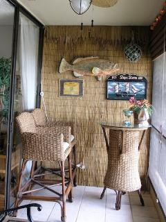Have breakfast in the lanai while enjoying the beautiful ocean view