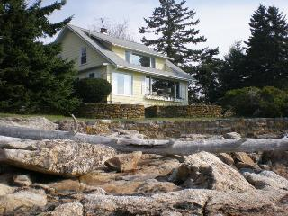 BEACHCROFT COTTAGE | OPEN OCEAN | BEACH | KAYAK | SOUTHPORT ISLAND|PET-FRIENDLY, Boothbay