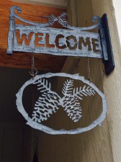 Welcome to the Pine Cone Inn!