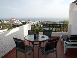 Well equipped apartment with panoramic views, Nerja