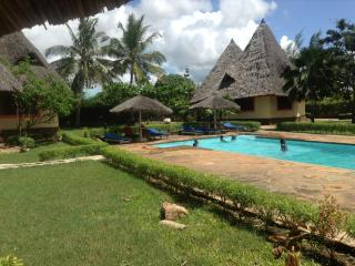 Malaika Holiday Villas, Galu Beach