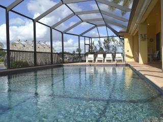 Villa Little Island, Florida lifestyle pure with l, Cape Coral