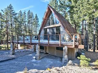 3877 Crest Luxury Ski Cabin