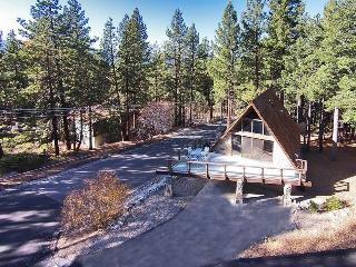 3877 Crest Luxury Ski Cabin
