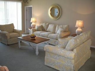 4 Bedroom 3 Bath Pool Home with WiFi and Upgraded TV Package. 104WHIT