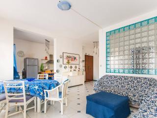 Viareggio, appartamento di 110Mq a 50mt dal mare