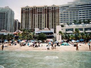 Marriott's Beach Place Towers - Fort Lauderdale