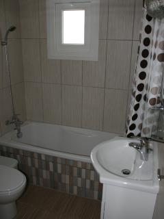 BATHROOM-TOILET (1)