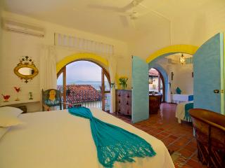 Traditional Styled Room in Downtown | Corazón 2, Puerto Vallarta