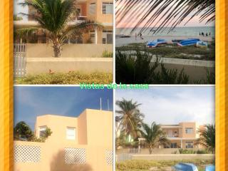 Waterfront home near Malecon area WiFi, Satellite TV & pool, Progreso