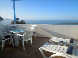 Villa Blue Eden, Milos