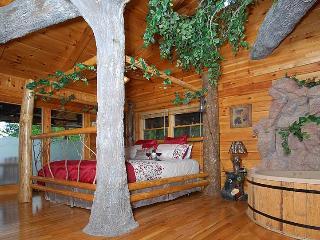 The Tree House, Gatlinburg