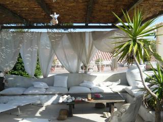 appartamento con giardino e terrazzo, Fregene