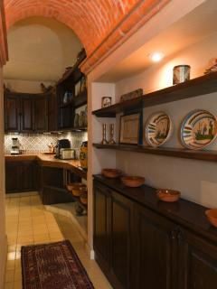 Vaulted ceiling hall to kitchen