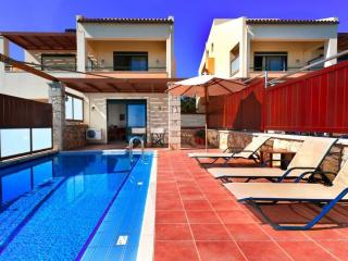 3BD Modern Villa with private pool