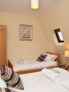 Apartment Four - Kingsize Double & Single.  100% white cotton linen, fluffy towels, robes & slippers