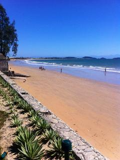 Manguinhos beach - 100 meter away