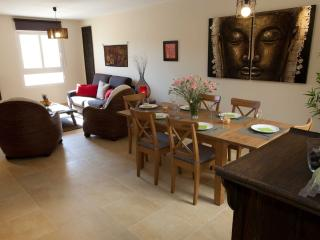 MALAY HOUSE (TARIFA BEACH RENTALS), Tarifa