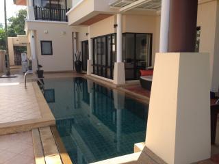3 Bedrooms Pool Villa (LLV5908), Phuket