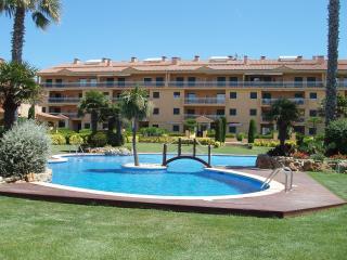 Front beach apartment , sea view. COSTA BRAVA