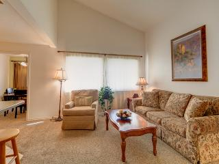Spacious & Open 1-Bedroom Condo with Resort Amenities! No More Hotel Rooms., Saint George