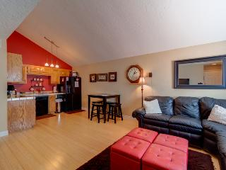 Upscaled Modern 1 Bedroom / 1 Bath Condo; Very Nice Condo for a Couple or Small Family, Saint George