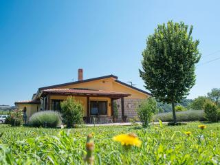 Country House CASE di STRATOLA, Montella
