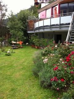 Appartement Müllnerhaus_Zillertal_Stumm_Garten_erholen