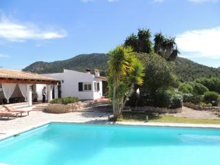 Santa Ponsa villa with private pool x 10 people