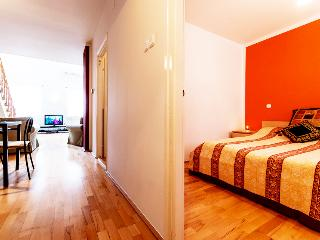 125m2 sup. 4bedroom ap. with A/C and Wi-Fi CITY05, Budapest