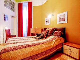 63m2 sup. 2bedroom ap. with A/C and Wi-Fi CITY07, Budapeste