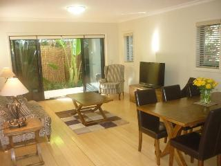 MILI2 - Fully Furnished Executive Apartment, Sydney