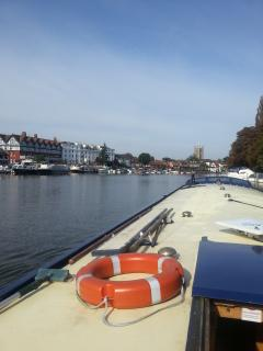 Arriving at Henley-On-Thames