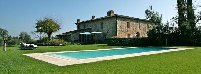Villa La Magnifica, Monteriggioni