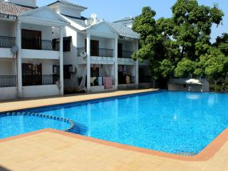CasaMelhor:Fully Furnished 4BHK Apt:CM020, Siolim