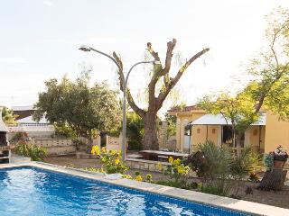 Classic Spanish Casa Sleeps 8 with Private Pool, Busot